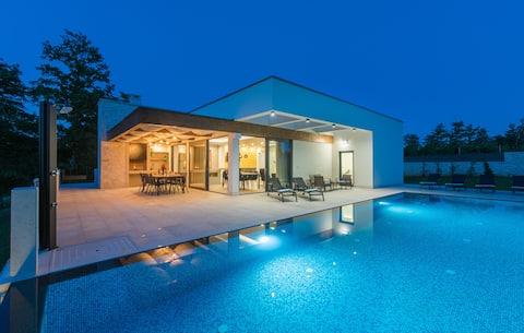 New!!! Villa Kristian - Feel the nature...