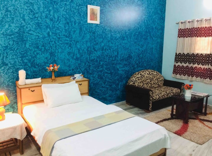 Clean & Safe Room in Hyderabad • Ace Location•
