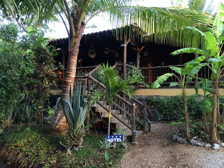 HOTEL QUINTA ESENCIA COSTA RICA