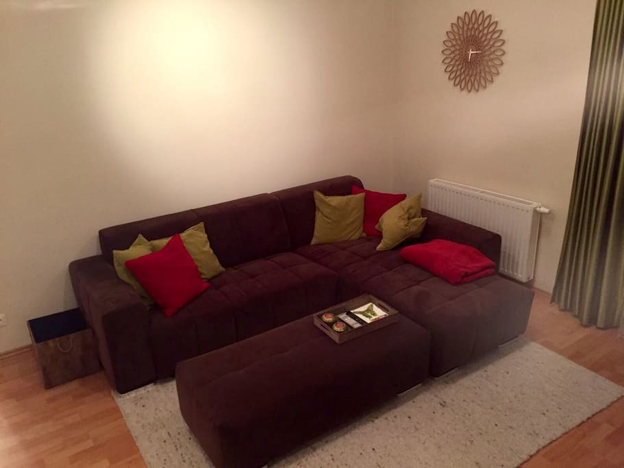 sch n eingerichtete 2 zimmerwohnung wohnungen zur miete in wien wien sterreich. Black Bedroom Furniture Sets. Home Design Ideas