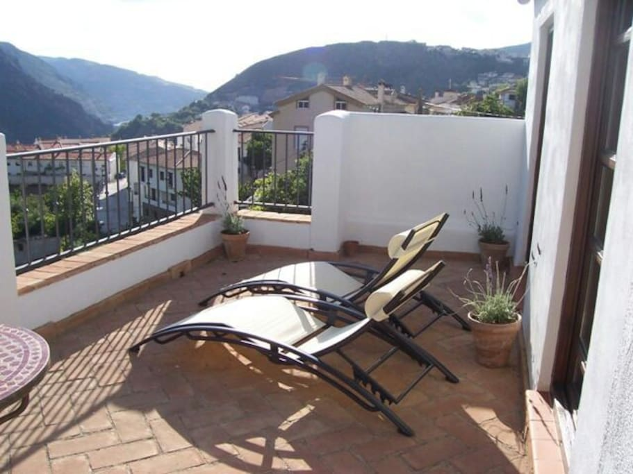 terrace with views to the village and resevoir