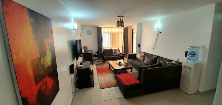 Cozy,Serene,Modern 2BR suite near UN complex