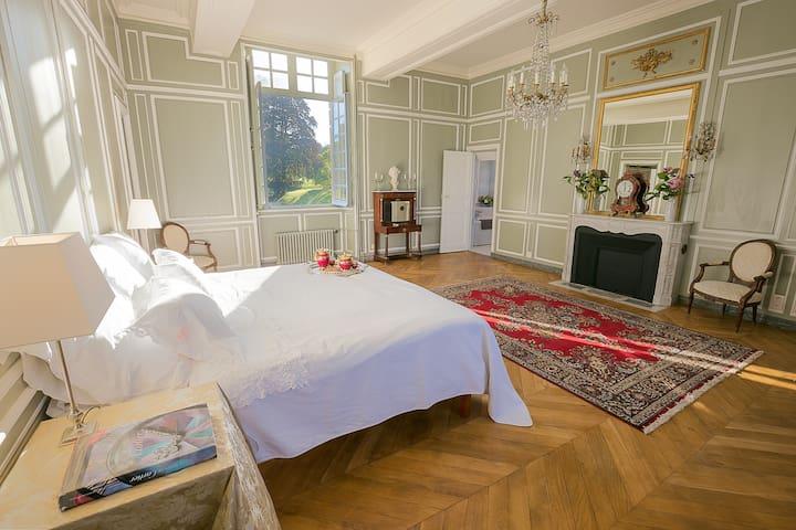 Suite aux Tourelles - Château du Bocage - Villers-Bocage - Castle