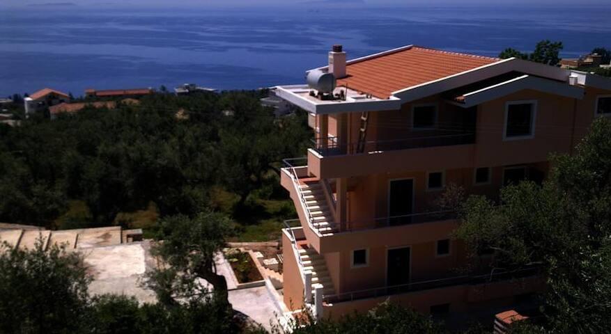 Villa Imperial apartament - Dhërmi - Villa