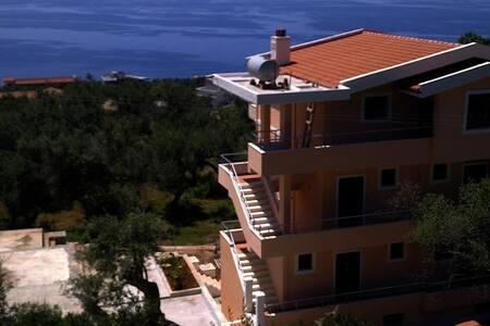 Villa Imperial apartament - Dhërmi - Villa - 0