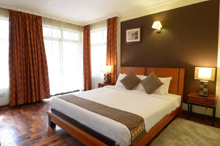 GemSuites Serviced Apartment, State House