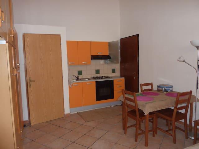 monolocale indipendente - Fabriano
