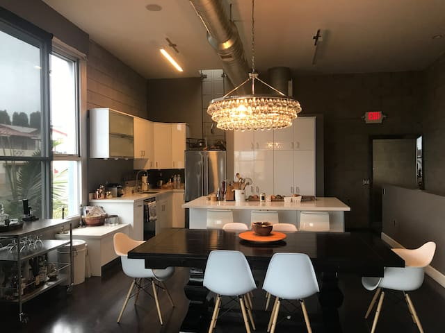 Awesome loft in Little Italy