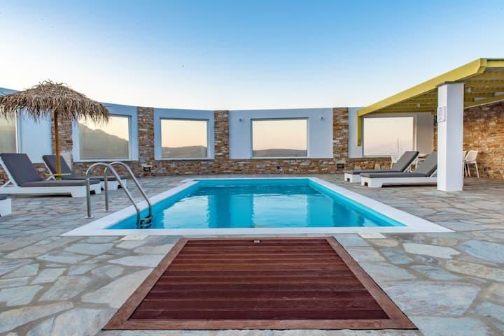 Marble Art Villas in Pyrgos