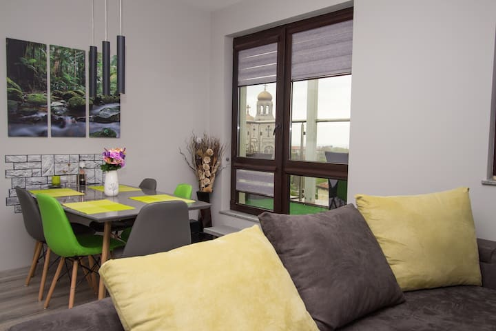 ★Vista East★ Apt 70m2, City Centre, A/C, View