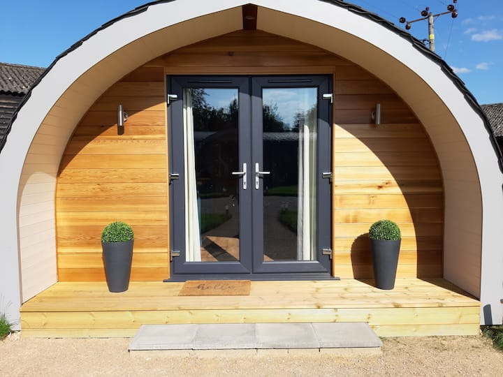 Bean Pod Heated Glamping in Suffolk countryside