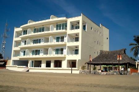 Luxury Condo La Vista 307 - Manzanillo - Condominium