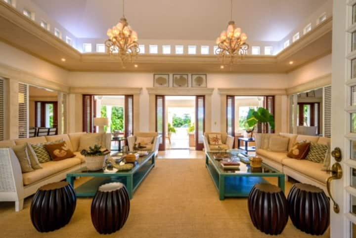 Casa de Campo: Exquisite Villa Monaco
