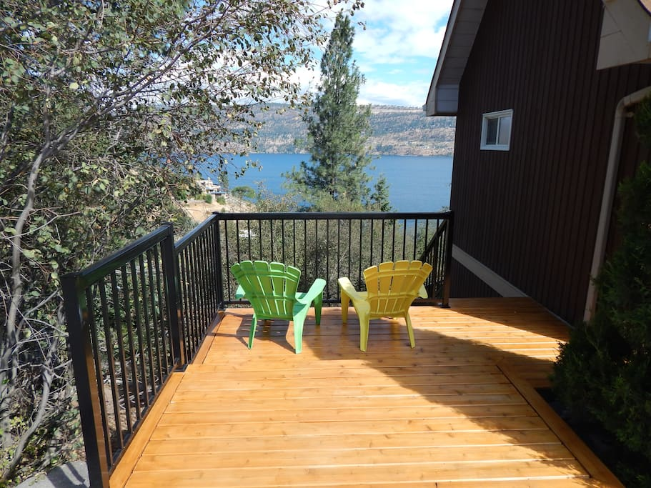 Traders Cove 3 Bedroom Walkout Basement Great View