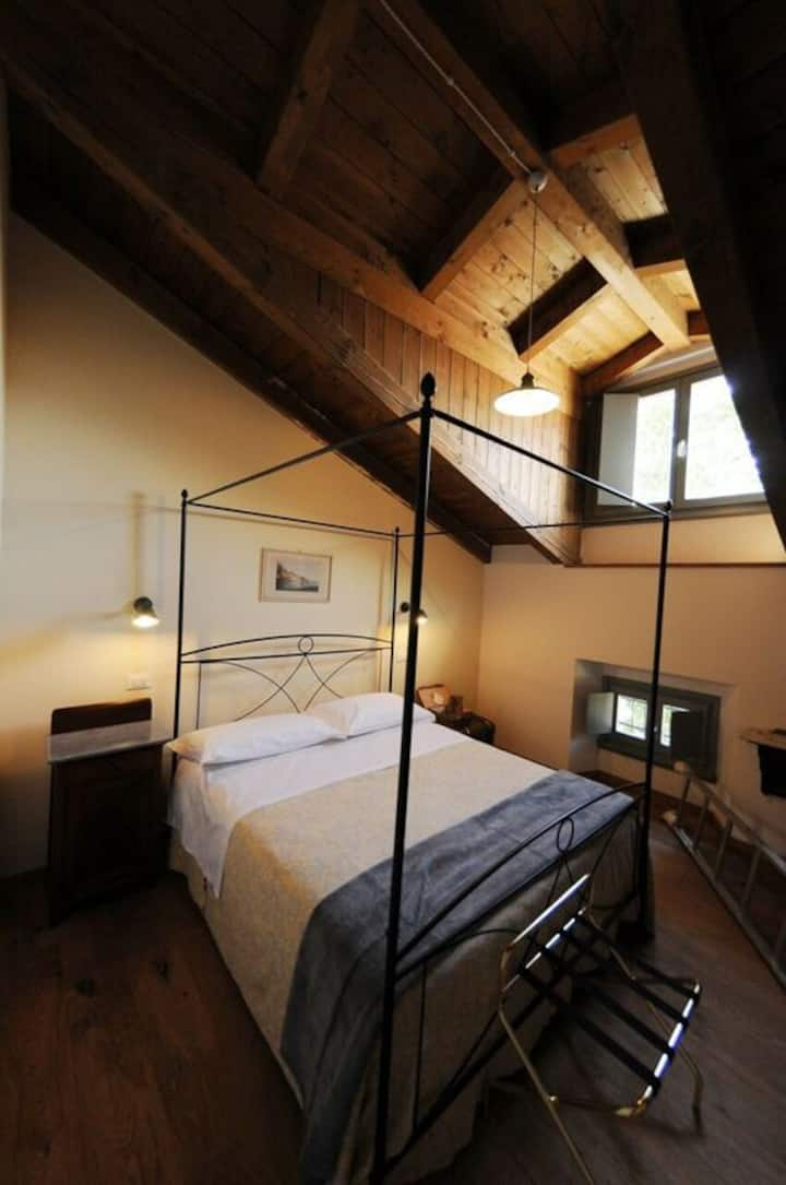 Agriturismo Juna- cozy room in historical house