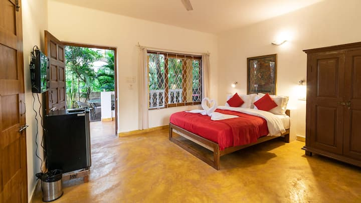 River Vista Beach Room | 3 Mins to Arambol Beach
