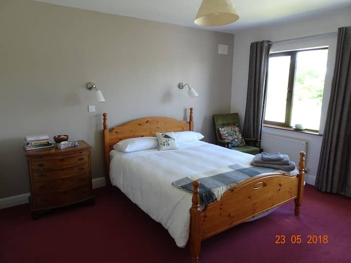 """Park View' double en suite on Wild Atlantic Way"