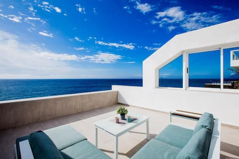Exclusive oceanfront place - VIEW and tranquility