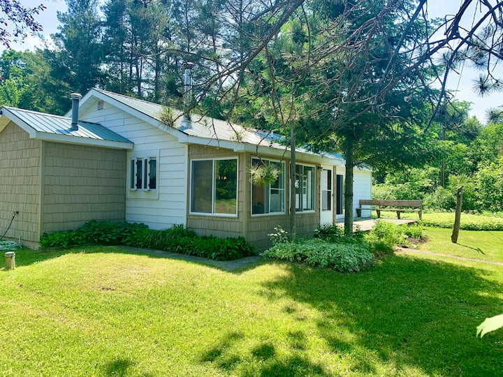 Lakefront Getaway on Mullett Lake - Main House
