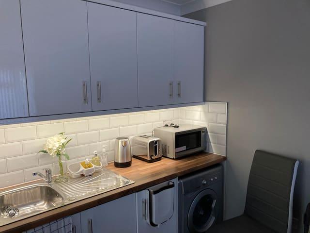Luxurious private annex Apartment in Cardiff