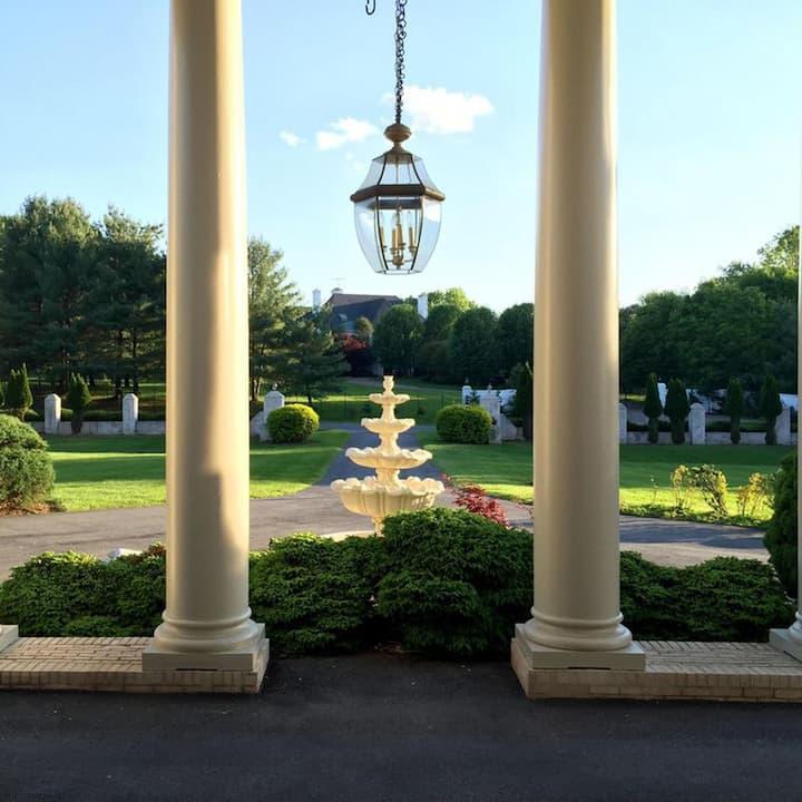 Mansion in Prestigious Potomac MD Long Term Rental