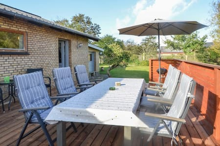 Holiday cottage with 3 bedrooms on 108m² in Fur