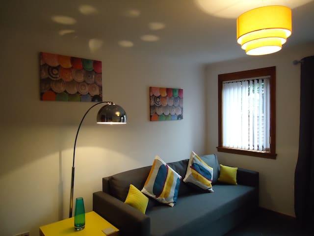 Fairfield 2 Bedroom House - Falkirk