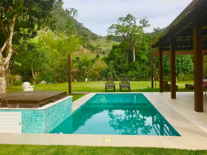 Sana LUXO: piscina, futebol, beira rio e churrasco