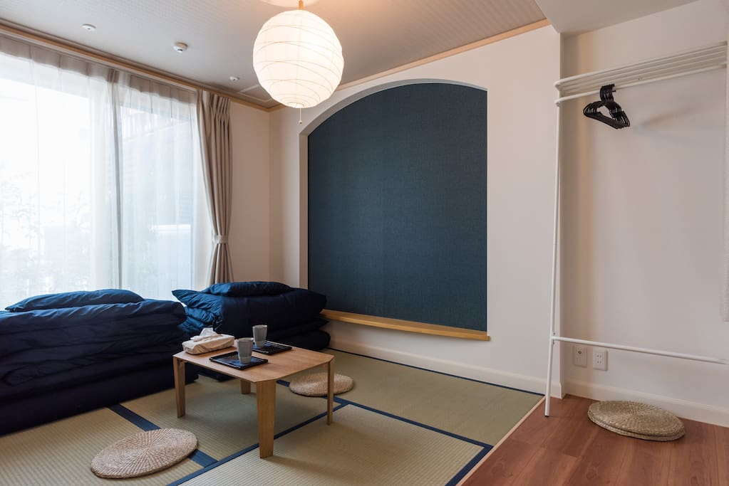 tatami room 和室の広さは6畳です The size of the Japanese style room is 6 mats ハンガーもございます There is also a hanger