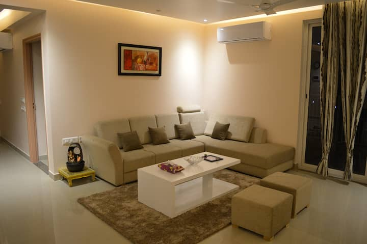 Ultra modern apartment furnished to Eurpean style