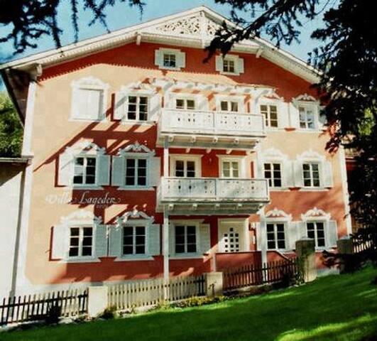 """Villa Lageder """"Burgfrieden"""""""
