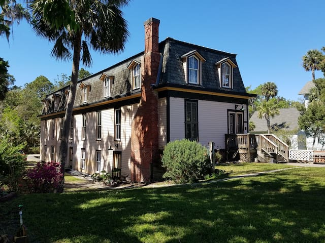 Historic Bowling Alley on St. Johns River