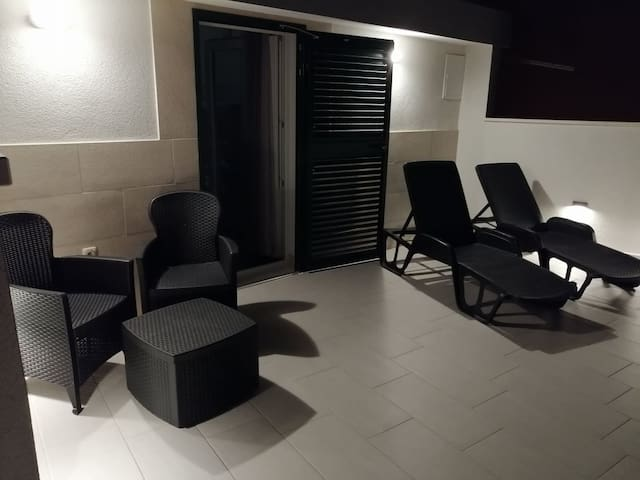 Mira - Luxury studio in beautiful Dugi Rat