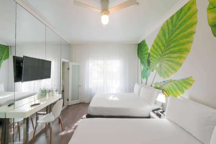 Comfy 2 Queen Beds & Breakfast - Near Beach