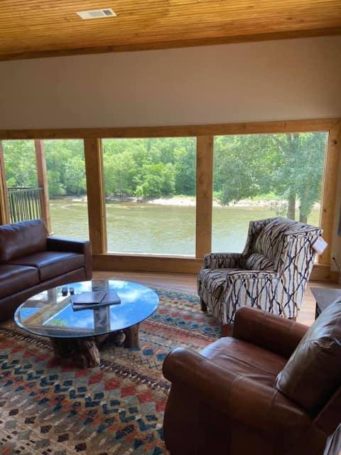 *NEW* Cedar Lodge on the Ouachita River