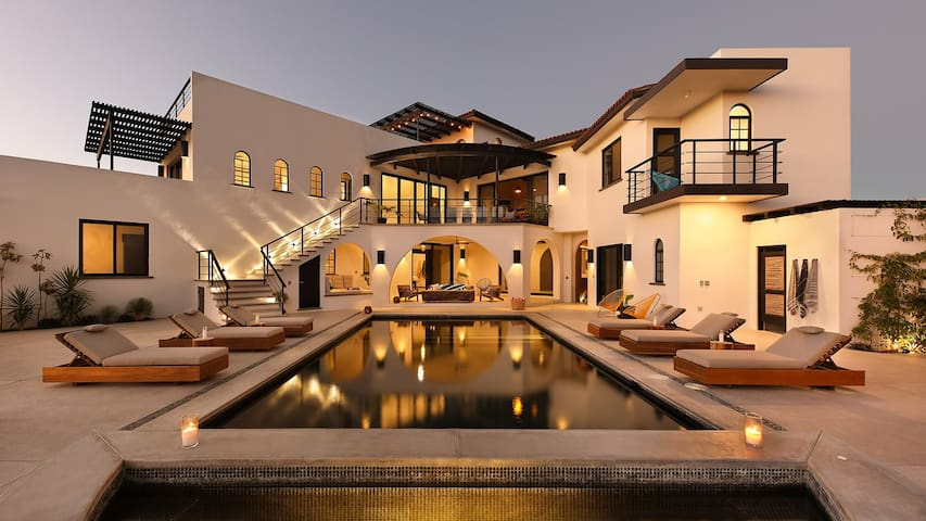 Villa Hope - New luxury home by the beach