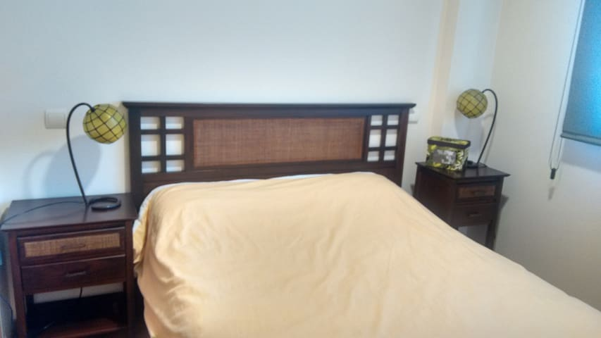 Double room with private bathroom near the Wanda