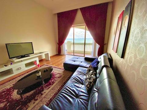 Marina Seaview Sunrise Suite @ Straits Quay Penang