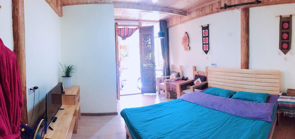 Bai family  | sunshine garden |double room