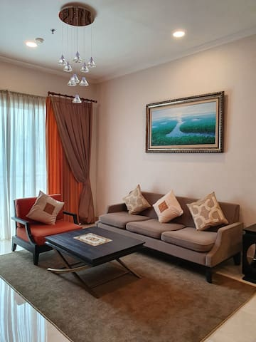 100m/sq, 2 beds, 3 baths at Apt Senayan Residence