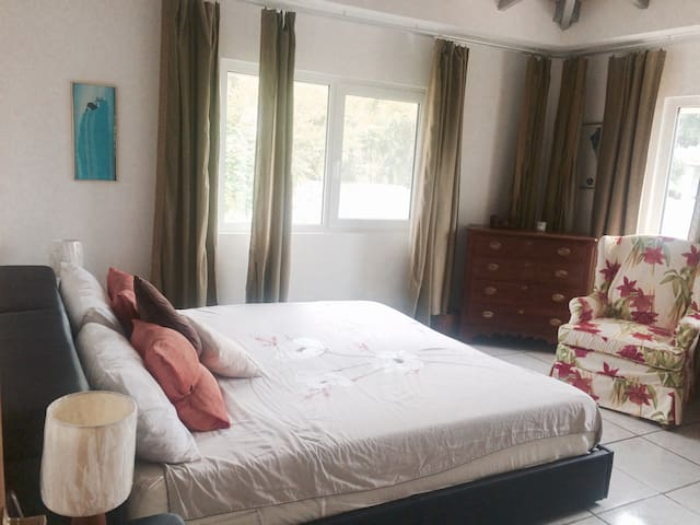 Belle chambre double de Luxe - Cole Bay - Villa