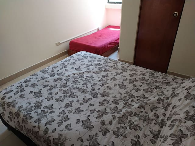 Room with double and twin bed, in Cartagena