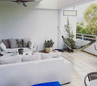 Beautiful apartment by the sea - Limassol - Wohnung