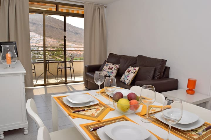 Lovely Holiday Apartment Los Cristianos Tenerife