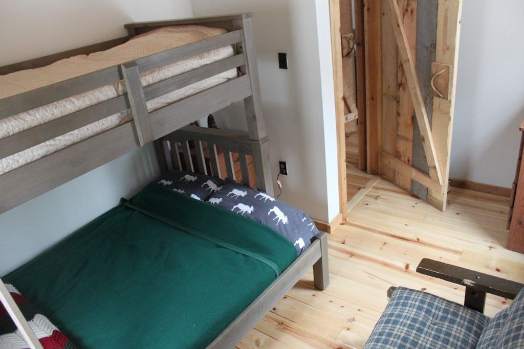 Bedroom 2 - twin over double bunk bed