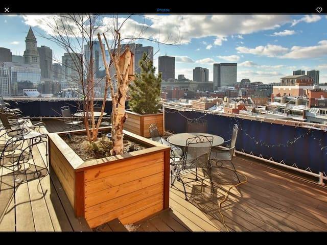 Loft-like 2 Bedroom 2 Bath Waterfront condo