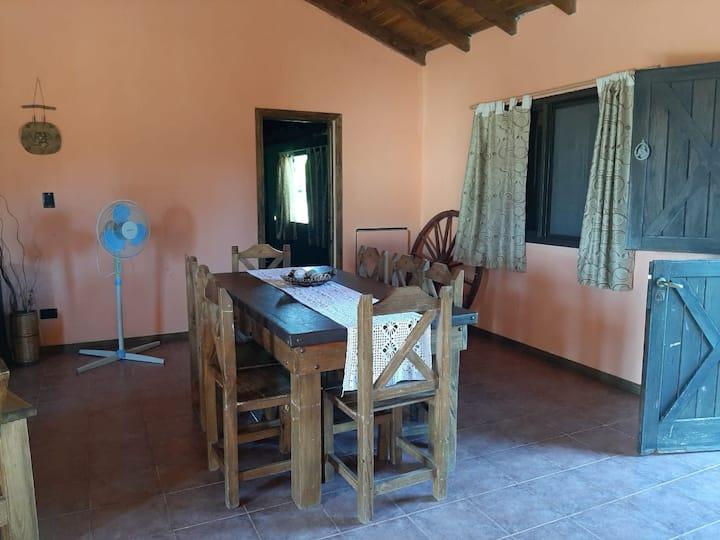 Casa con pileta en Mar de Cobo