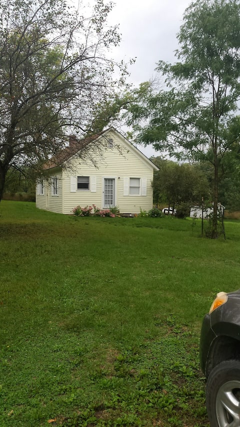 Northeast Nebraska's Ionia Cottage