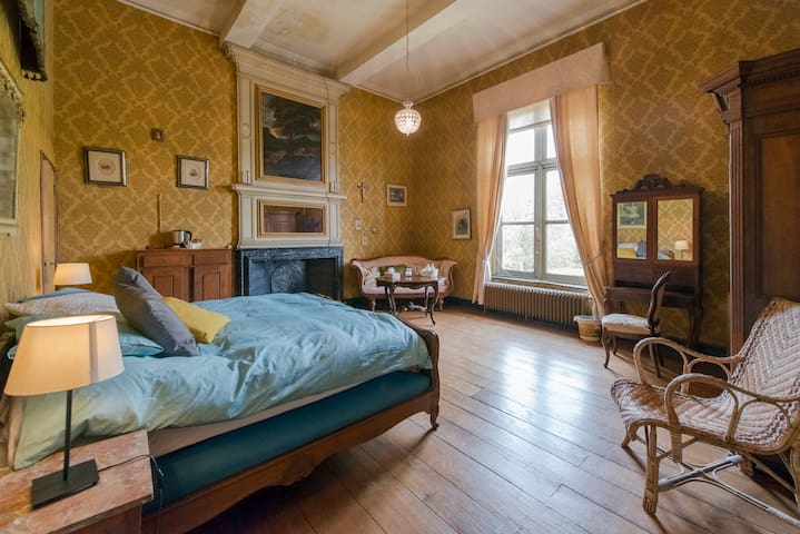 Chateau de waleffe - Yellow Room - Faimes - Hrad