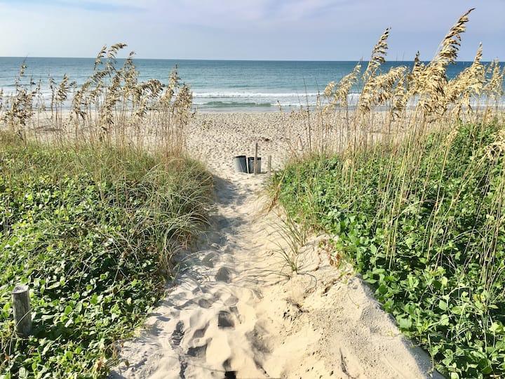 Oceanside Studio_Private Beach Access!